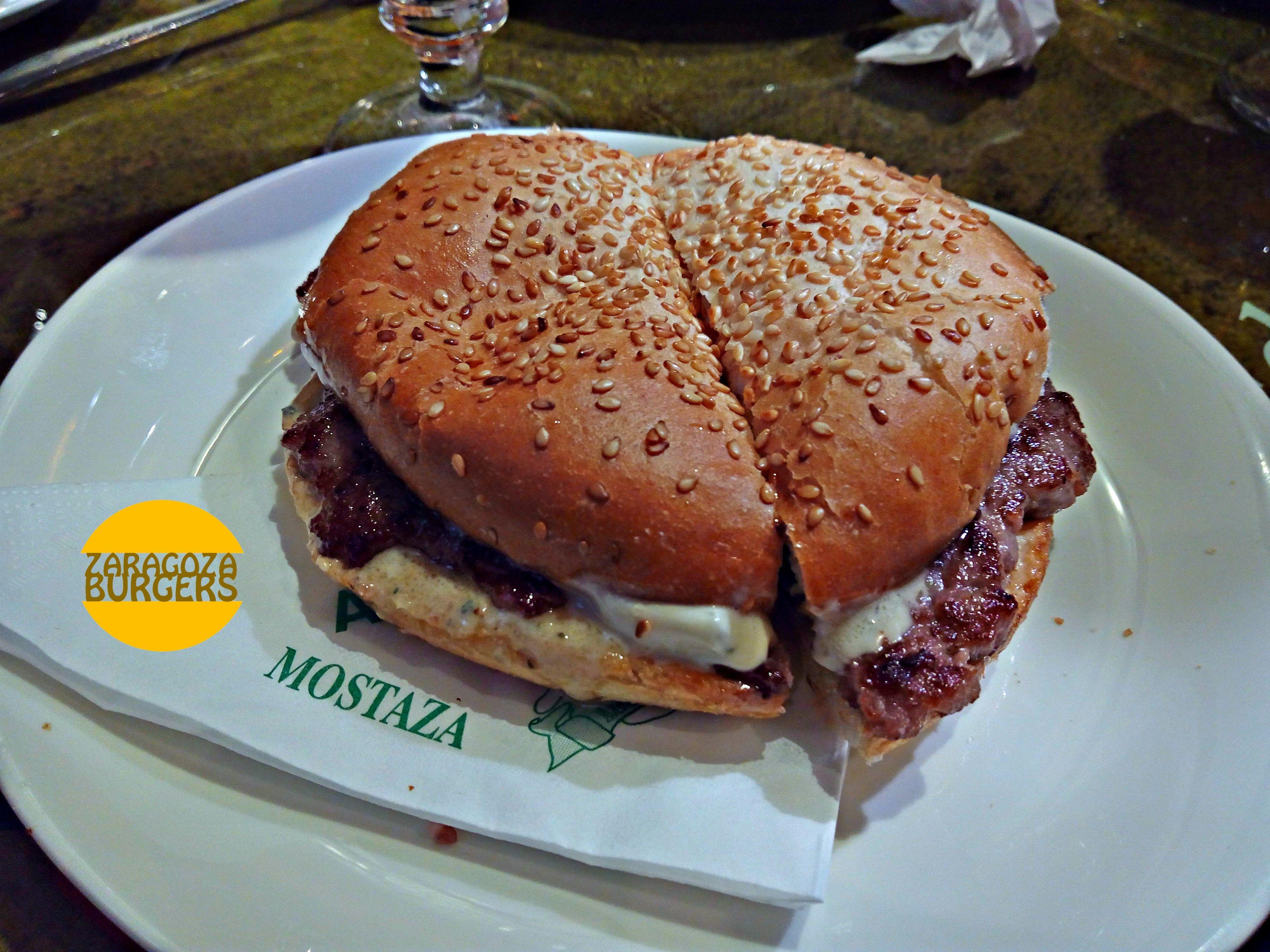 hamburguesa roquefort mostaza