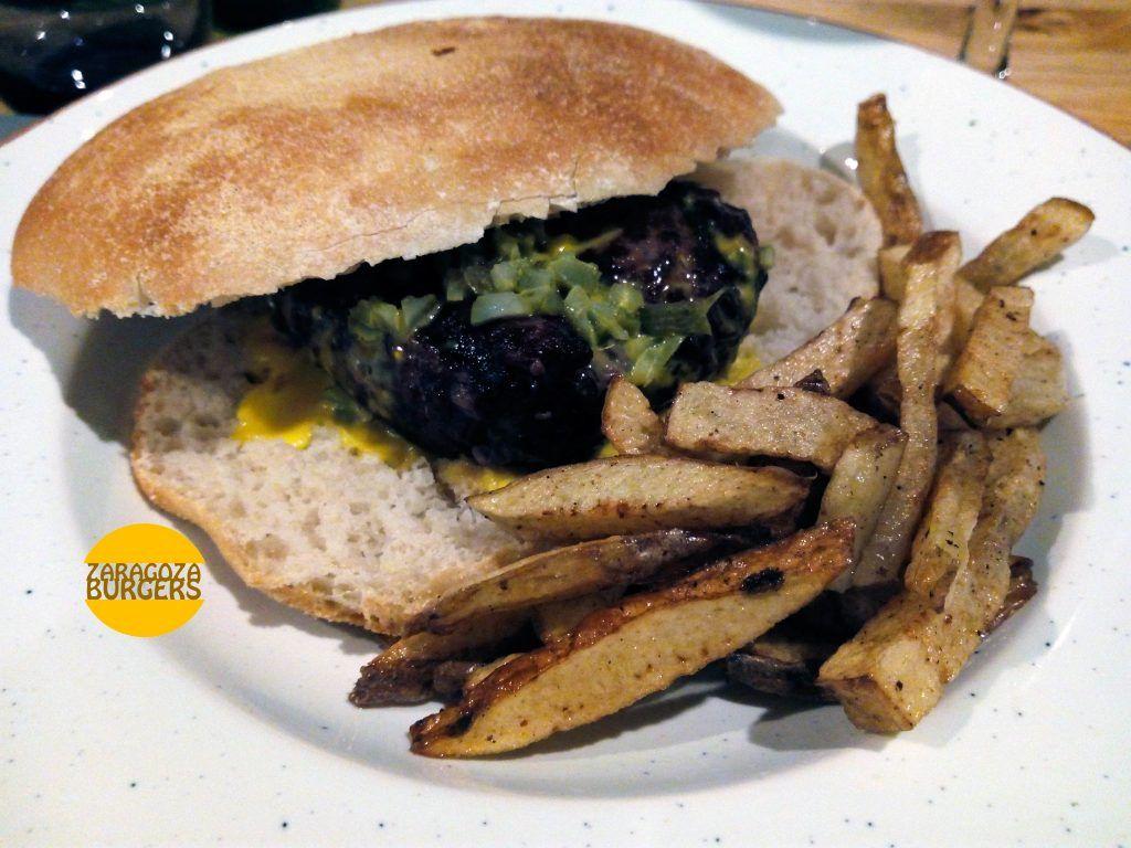 hamburguesa vuelta y vuelta carne de la finca